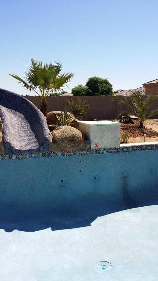 A swimming pool that has been built by the Bates family in San Antonio, Texas. You can see the type of interior pool finish that they have chosen.