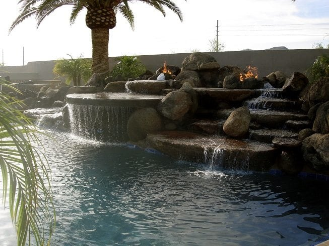 Pool Design Water Features