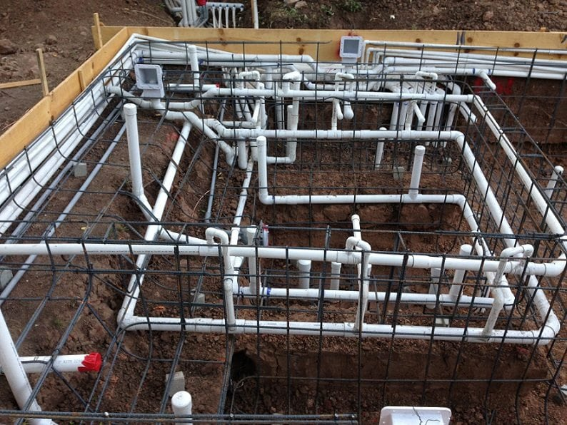 A close up view of how pool rebar looks once it is installed.